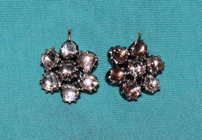 476: PAIR 14KT GOLD & ROSE DIAMOND EARRINGS