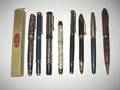 29: LOT 8 FOUNTAIN & BALL POINT PENS