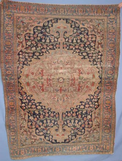 506: ANTIQUE PERSIAN RUG WITH CENTER MEDALLION