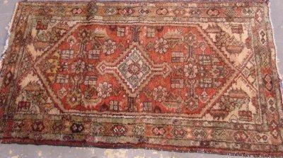 610: Caucasian Rug