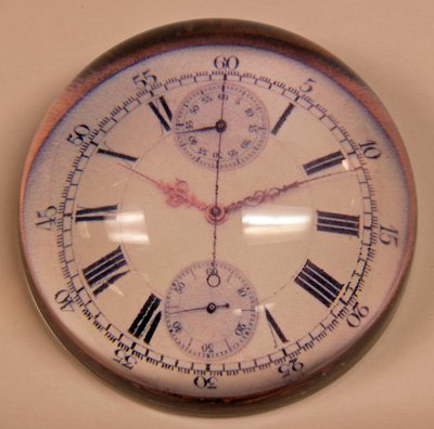 617: Paperweight with Clock Face Design