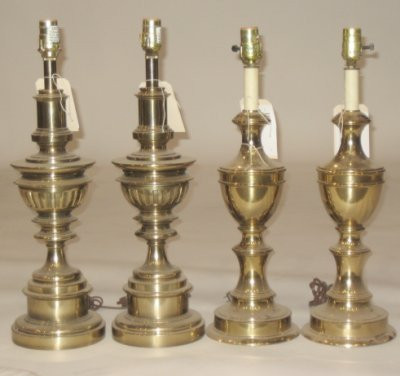 1068: Two pairs brass lamps