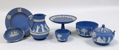 1071A: 7 pieces blue & white Wedgwood