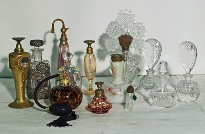 19: Collection of 13 various perfume bottles