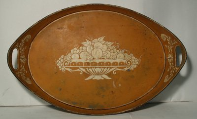 606: Early 20th c. paint decorated tole tray