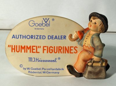 610: Hummel figure plaque
