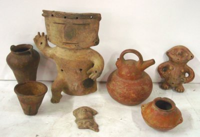 1199: Group lot of Pre-Columbian figures & artifacts