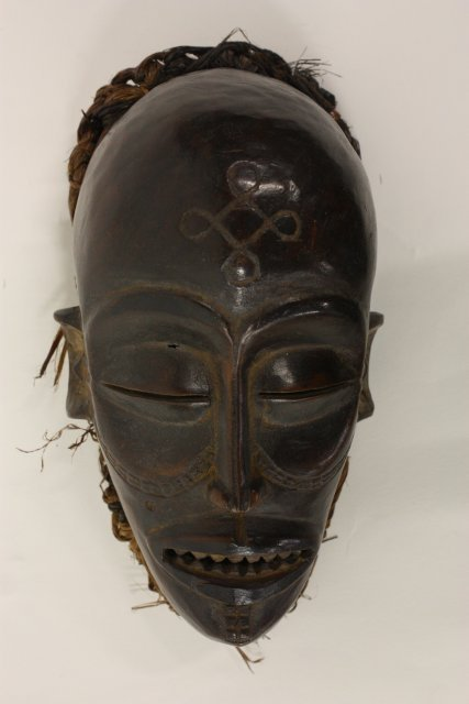 602: African wood mask