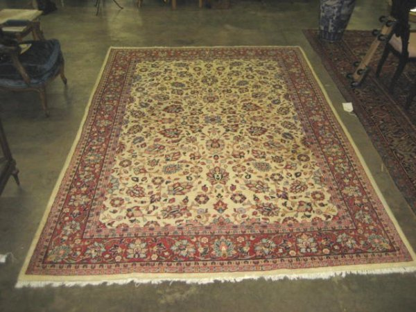 13: Sarouk rug