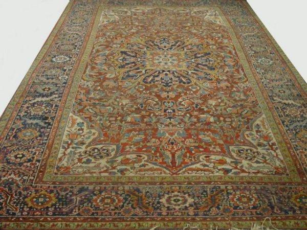 18: Persian Heriz rug ca. 1920