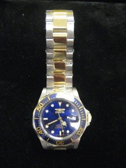 565: Invicta steel men's wristwatch