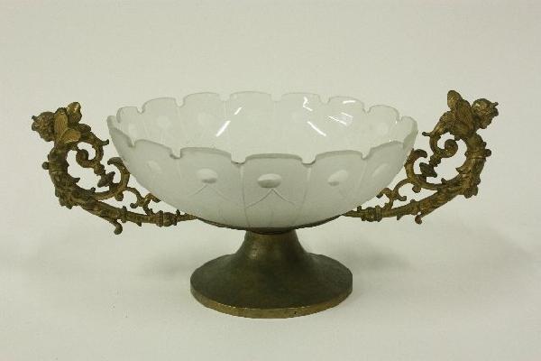 19: Bronze & crystal centerpiece