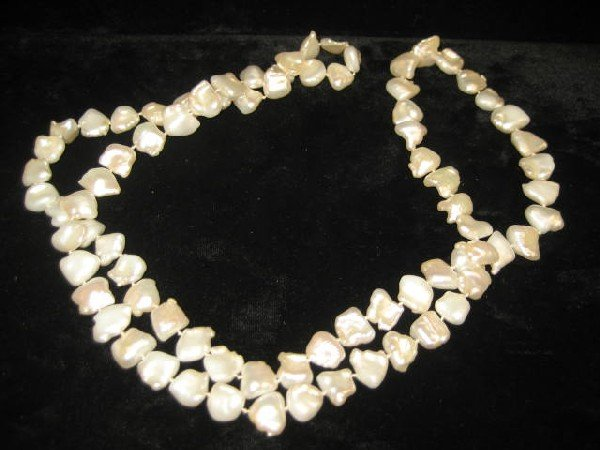 517: Fresh water pearl necklace