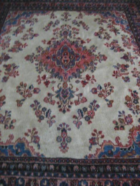 1000B: Kazvin Persian ivory rug