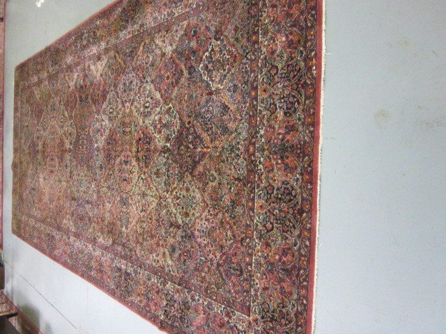 1001B: Karastan rug
