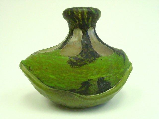 305: Unusual Daum Nancy cameo glass vase
