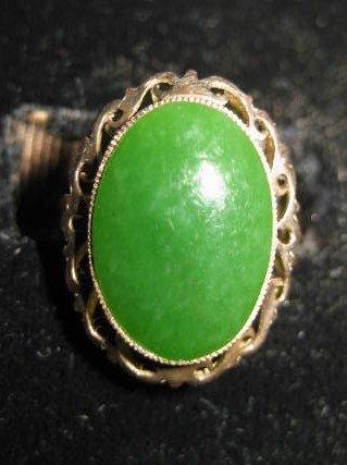 503: 18kt gold & jade ring