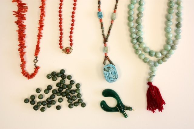 506A: Group lot of necklaces
