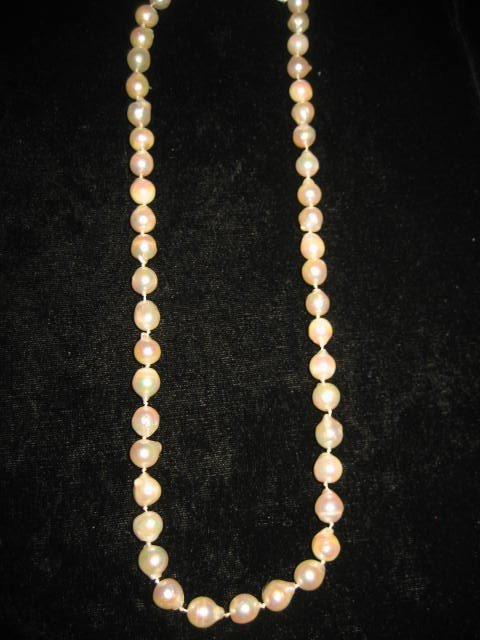 508: Baroque style strand of pearls