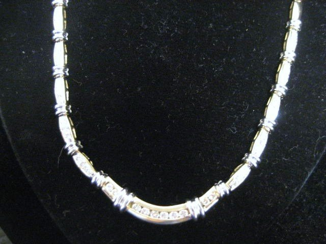 509A: 14kt yellow & white gold & diamond necklace