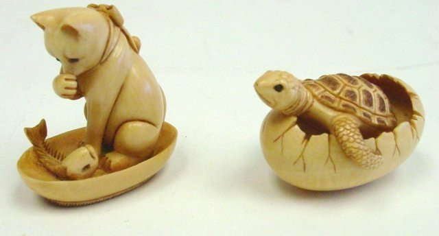 """25: Ivory carving of """"Cat & Turtle"""""""