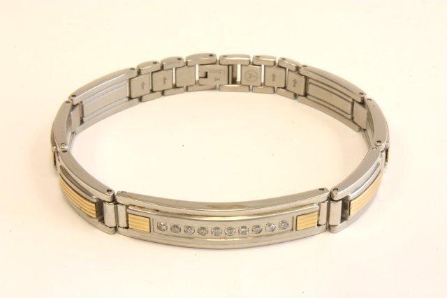 501: Men's stainless steel gold & diamond bracelet
