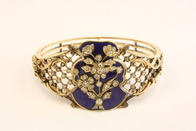 505: 18kt Russian yellow gold bracelet