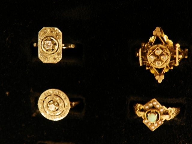 601A: 4 antique rings
