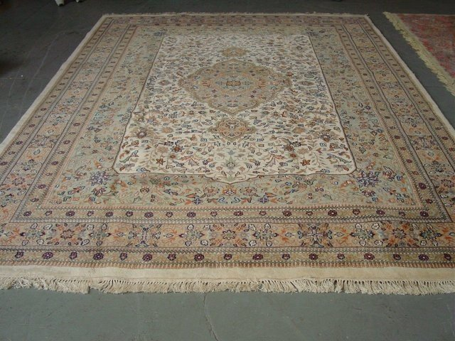 9A: Ivory Persian rug