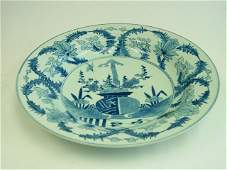 118: 19th c. Japanese blue & white floral charger