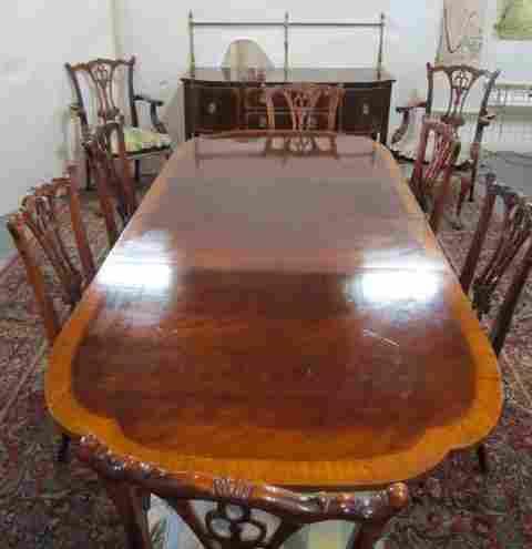 Banded dining room set