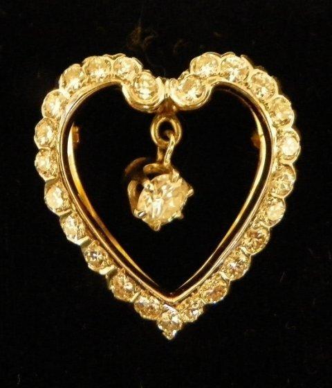 614: Heart shaped 14kt gold pin