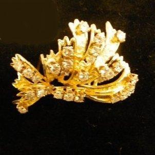615: 18kt gold palm shape diamond necklace & pendant