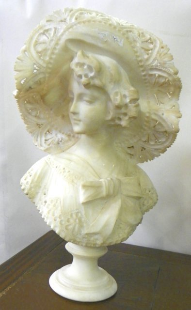 1266: 19/20thc marble bust lady with a hat