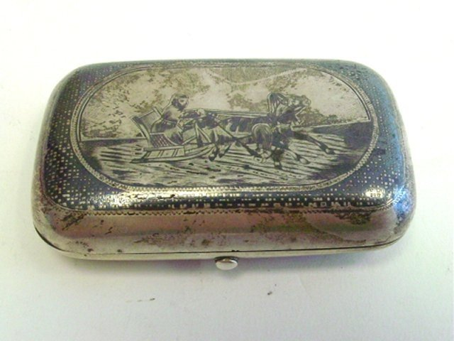 382: Nielo Russian silver box depicting Troika