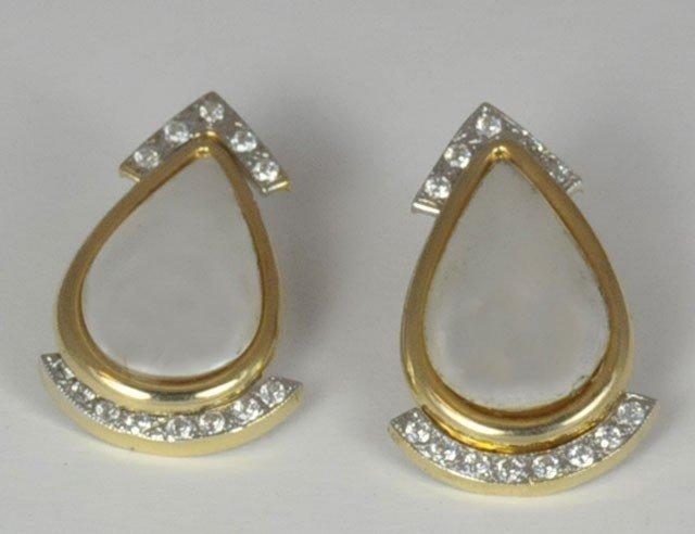1001: Pair of unusual gold, diamond & pearl earrings