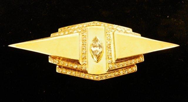 1004: 18kt yellow gold pin