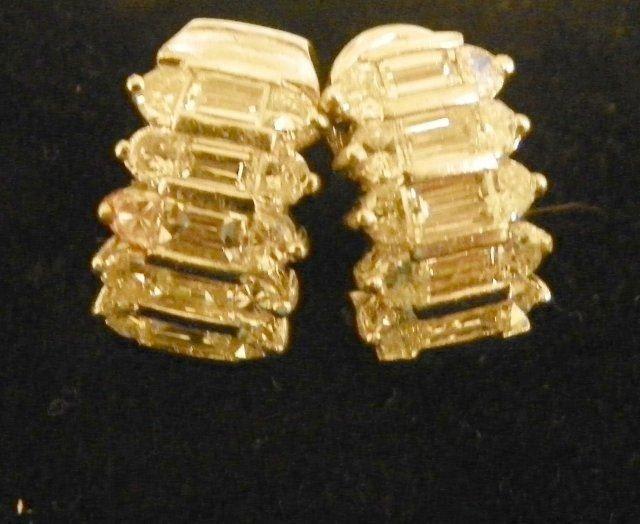 1007: 18kt white gold & diamond earrings
