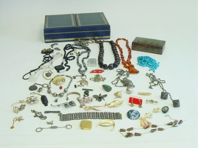 1019: Lot of costume jewelry & sterling silver