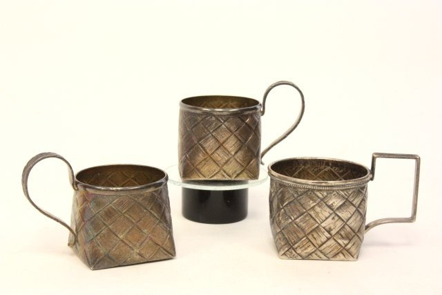 269: 3 Russian silver tea cups stamped 84