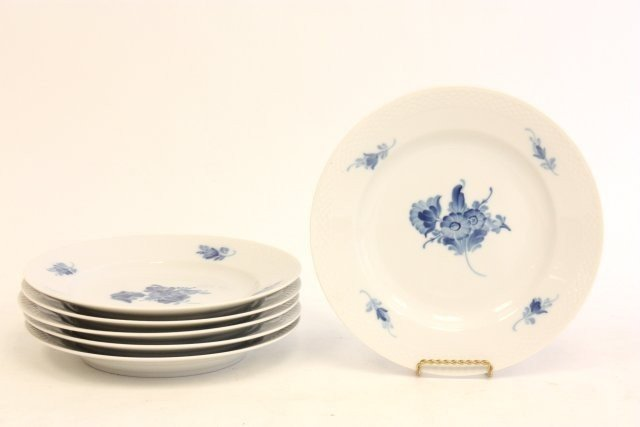 81: Set of 6 Royal Copenhagen plates