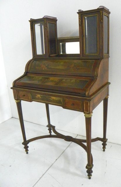 324: French desk with Vernis Martin paint decoration