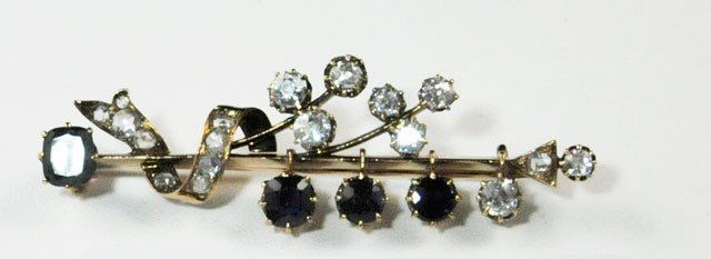 1007A: Russian sapphire and diamond gold pin in box