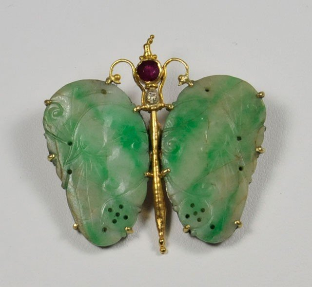 "1010A: Gold & jade ""Butterfly"" pin"