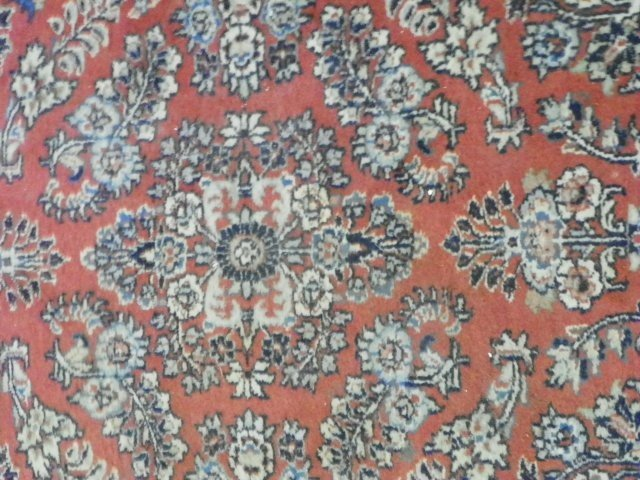 4: Sarouk scatter rug with red field