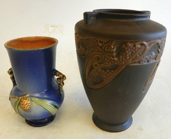 22: 2 Roseville vases