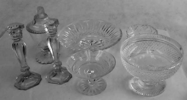 18: Group lot 7 pcs. assorted crystal
