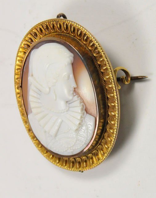 1018: Early Victorian oval cameo