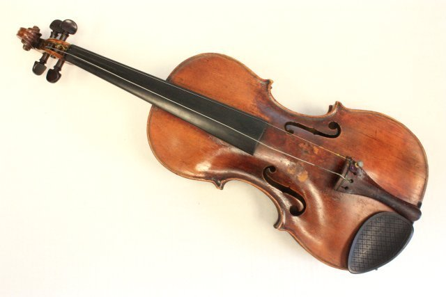 1200: Violin with wood case - 2