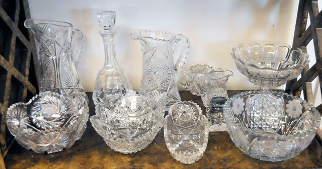 17: Lot of 11 pieces cut crystal